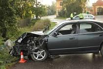 NEHODA v Obořišti, kdy dvacetiletá řidička nezvládla řízení. Z nehody vyvázla s lehkým zraněním, zranění utrpěli i čtyři spolujezdců.