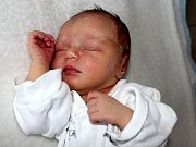NICOLL NOVOTNÁ, první děťátko rodičů Veroniky a Jiřího z Drásova, se narodila v úterý 10. ledna o váze 3,05 a míře 50 cm.