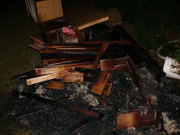 Požár sauny v Mníšku pod Brdy.