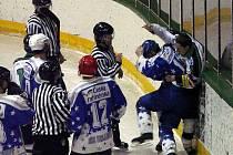 Hokej, KLM: Příbram - Kralupy (7:3).