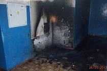 Po požáru na ubytovně.