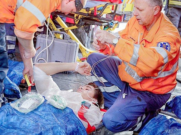V příbramské nemocnici měli záchranáři cvičení.