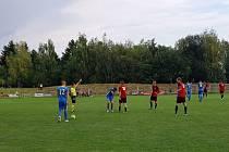 Fotbalisté Spartaku narazili v Klecanech a prohráli 2:5.