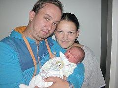 V SOBOTU 1. října maminka Petra a tatínek Michal z Rožmitálu poprvé sevřeli v náručí svého prvorozeného syna Davida Vacka, který v ten den vážil 3,25 kg.