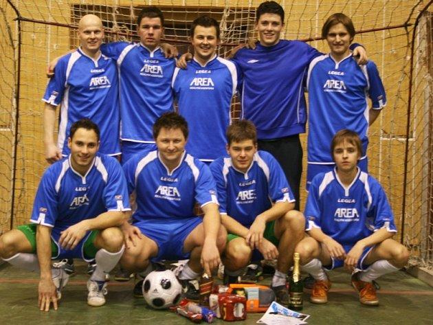 Sedmý ročník Legendy Cupu vyhrála Legie Příbram.