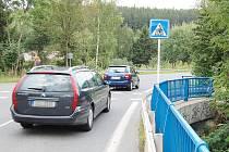 Cyklistický přejezd mezi Brodem a Fialákem v Příbrami.