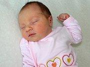 LUCIE ZÁSTĚROVÁ se narodila v pondělí 19. června o váze 3.51 kg a míře 48 cm rodičům Aleně a Petrovi z Tušovic. Pomáhat s péčí o sestřičku bude malá Eliška.