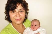 Od neděle 6. září mají maminka Kateřina a tatínek David ze Staré Huti radost ze svého prvního děťátka – dcerky Markétky Otavové, které sestřičky v porodnici po narození navážily 3,13 kg a naměřily 51 cm.