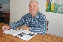 Místostarosta Josef Hudeček a také režisér Divadelního souboru Skalka.