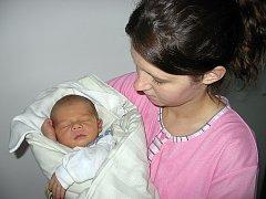 V pátek 17. října maminka Nikola a tatínek Maksim z Příbrami poprvé sevřeli v náručí prvorozeného syna Maksima Čajkovského, který v ten den vážil 3,19 kg a měřil 47 cm.