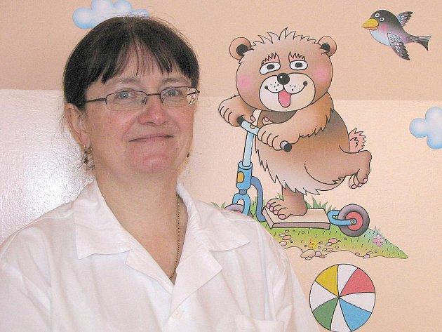 MUDr. Lenka Svobodová má dětskou ordinaci v nemocnici.