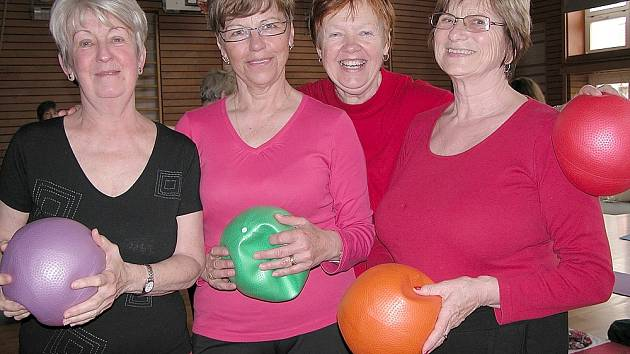Na snímku zleva Dana Křížová, Anna Ptáčková, Eva Bošková a Marie Bendová při loňské akci Fit senior.