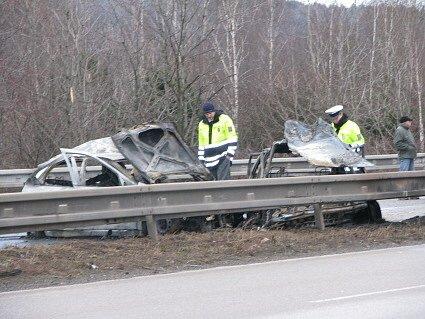 Tragická nehoda u sjezdu na Mníšek pod Brdy