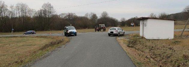 Policie hledá svědky nehody uPetrovic na Sedlčansku.