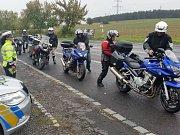 V neděli 23. září se uskutečnila v odpoledních hodinách na Příbramsku preventivně dopravní akce zacílená právě na motorkáře.