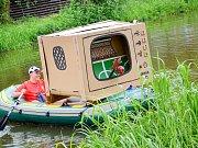 Recesisté v Březnici opět pokořili Vlčavu, plavidlem se pochlubil i Shrek s Fionou.