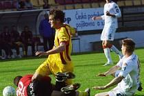 Jakub Navrátil měl být tajným trumfem Jiřího Kotrby. Jenomže se už v 11. minutě zápasu v tomto souboji zranil a musel vystřídat.
