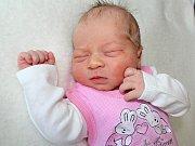 TEREZKA KUTILOVÁ se narodila v úterý 14. března o váze 3,94 kg rodičům Martině a Lukášovi z Cetyně. Pomáhat jim bude malá Verunka.