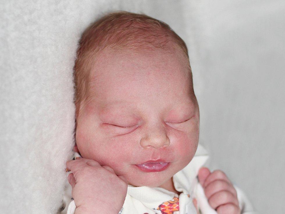 Matěj Krátký, Příbram. Narodil se 12. května 2020 v Příbrami. Vážil 3,45 kg a měřil 50 cm. Rodiče jsou Ivana a Zbyněk, bratr Ondřej.