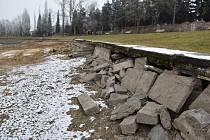 Obnova areálu Nového rybníku v Příbrami pokračuje.