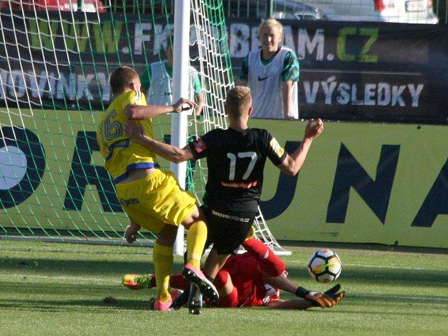 Zutkání 5.kola FNL: Příbram - Varnsdorf (3:1).