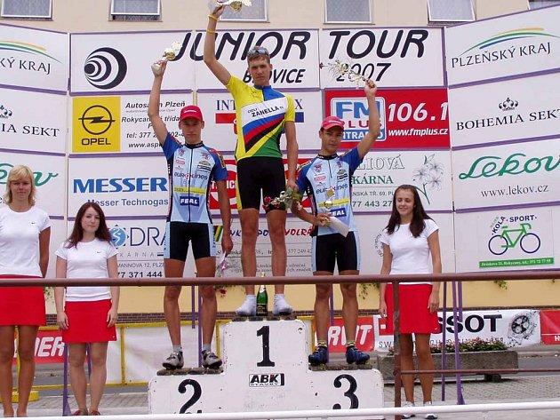Na Junior Tour Blovice se drželi příbramští cyklisté dlouho na stupních vítězů.