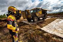 Test formy. Martin Macík ještě před prvním závodem Baja Poland otestoval formu svého speciálu.