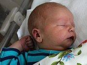 Pavol Dzur se narodil 31. října s váhou 4,29 kg a délkou 52 cm Zuzaně a Josefovi. Doma se na brášku těší bratr Alex.