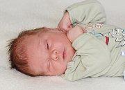 Tadeáš PETROVIC se narodil 9. května s váhou 3,42 kg  mírou 50 cm Lence a Romanovi. Doma čekají Vanessa (9) a Silvie (13).