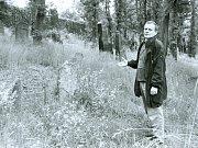 Bývalý starosta Němeček na židovském hřbitově.