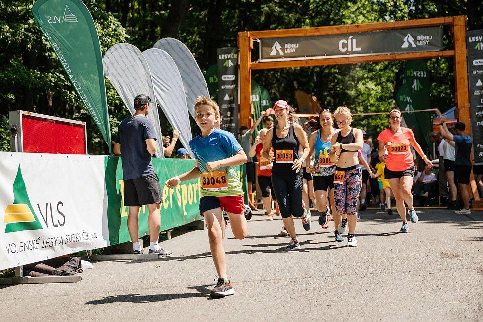 Ze čtvrtého závodu seriálu Běhej lesy, který se konal v Brdech.