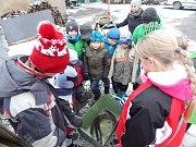 Poučná exkurze sádek se dětem moc líbila a odnesly si s sebou spoustu informací.