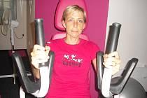 TRENÉRKA Martina Hošková z Bukové u Příbramě. Patří do týmu specialistů, kteří se v Expresce starají o cvičební plán každého, kdo přijde shodit nějaké to kilo nebo jen  udržet kondici.