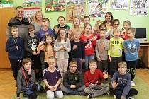 Prvňáčci z Hluboši ve školním roce 2019/2020.