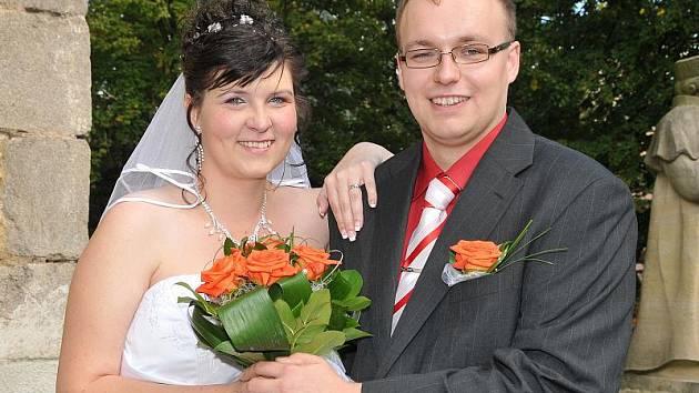 V pátek 17. září půl hodiny před polednem se na příbramském zámečku konala svatba Martiny Holé a Jaroslava Šrámka