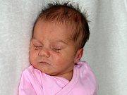 JITKA NOVÁKOVÁ, dcerka rodičů Jitky a Jana a sestřička devítiletého Jakuba z Jinců, se narodila v pátek 3. března o váze 3,12 kg a míře 48 cm.