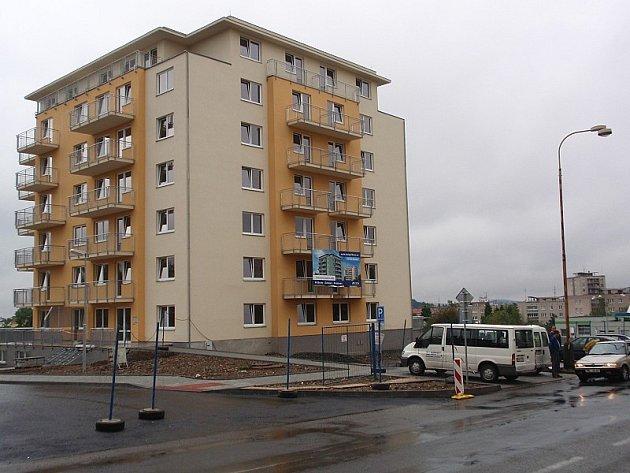 Nový bytový dům na sídlišti Drkolnov v Příbrami