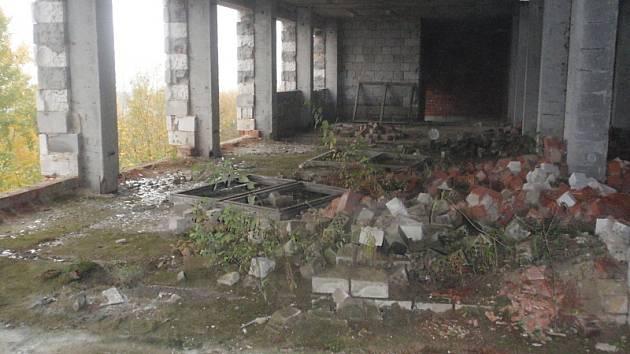 Bývalá budova patologie na okraji Příbrami