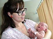 EMA SOUKUPOVÁ se narodila v úterý 6. června, vážila 3,54 kg a měřila 51 cm. Rodičům Monice a Jiřímu z Příbrami bude s miminkem pomáhat malá Stelinka.