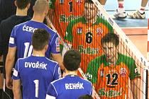 Šesté čtvrtfinále: Příbram - Ostrava.