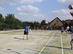 Hřiště lze využít jak pro sport, tak třeba na akce pro děti.