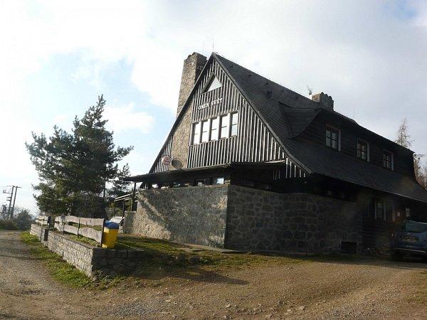 CHATA Onen Svět byla postavena turisty vroce 1940.