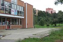 Pozemky kolem Q-klubu už vlastní Město Příbram.