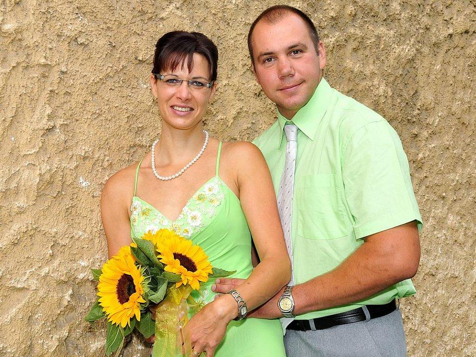 Pavlína Medvecká a Pavel Cais si řekli své ano v pátek 3. září v 11 hodin v příbramském Zámečku.
