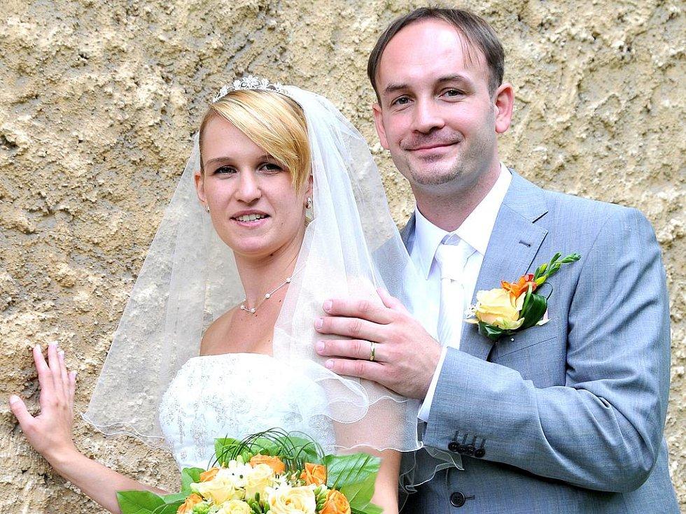 Eva Karasová a Ladislav Štětina si řekli své ano v pátek 3. září ve 12.30 hodin v příbramském Zámečku.