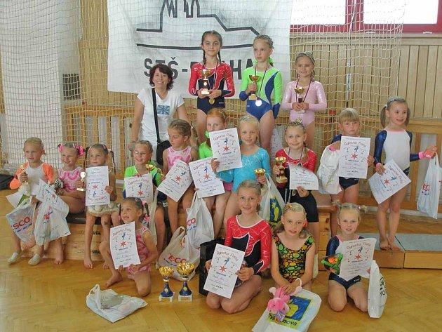 Malé gymnastky zazářily na závodech v Praze.