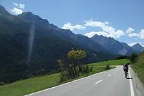 Účastníky cyklistické výpravy podpoří 40 cyklistů v dalších zemích během průjezdu v jednotlivých městech.