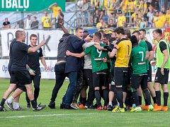 Gejzíry radosti po zápase v Opavě - Příbram se vrací po roce do I. ligy!