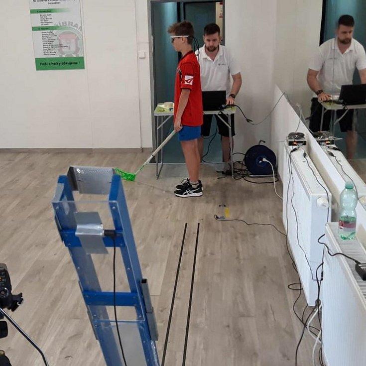 Mládežnici z HC Příbram se zúčastnili vědeckého experimentu.