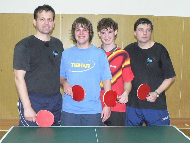 Vítěz RP I - TTC Příbram B. Zleva stojí Václav Brabenec, Vladimír Fiala, Oldřich Ondráček a Jaroslav Ječmen.